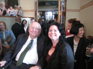 Past President Stacey Ruhle-Kliesch, AIA with Hall of Fame inductee Michael Graves, FAIA