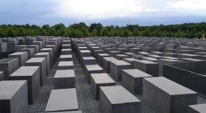 eisenman holocaust memorial 1