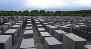 eisenman holocaust memorial 1