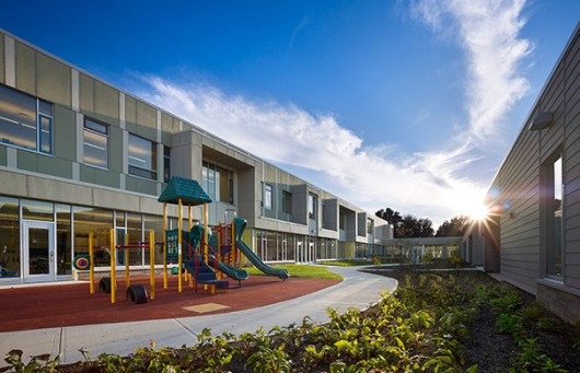 Memorial_Elementary_School_Playground