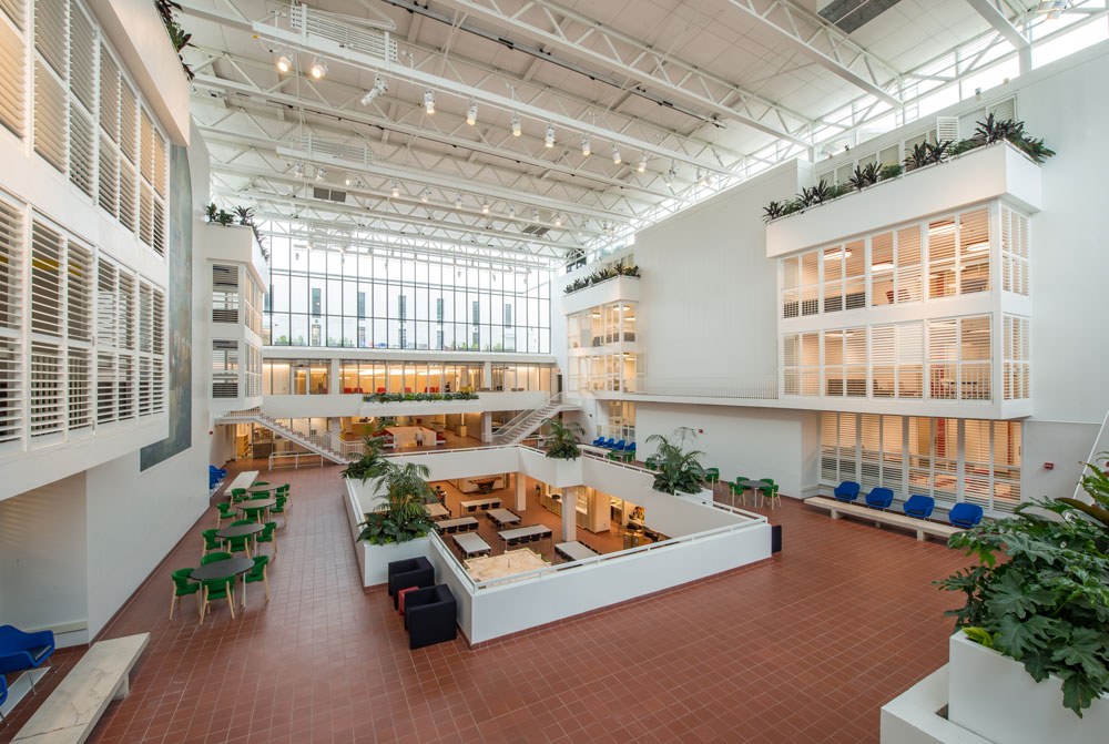 Renovated Midcentury Modern Eero Saarinen Landmark Hill College Delectable Interior Design Schools In Pennsylvania Property